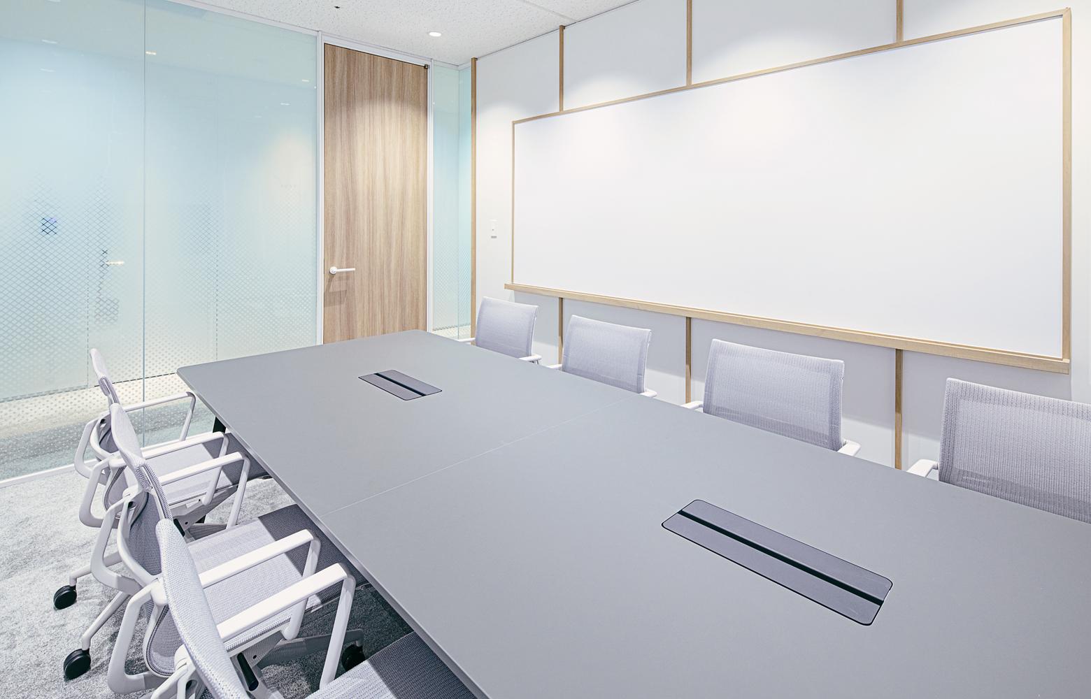 Secret Office Meeting Room_3 デザイン・レイアウト事例