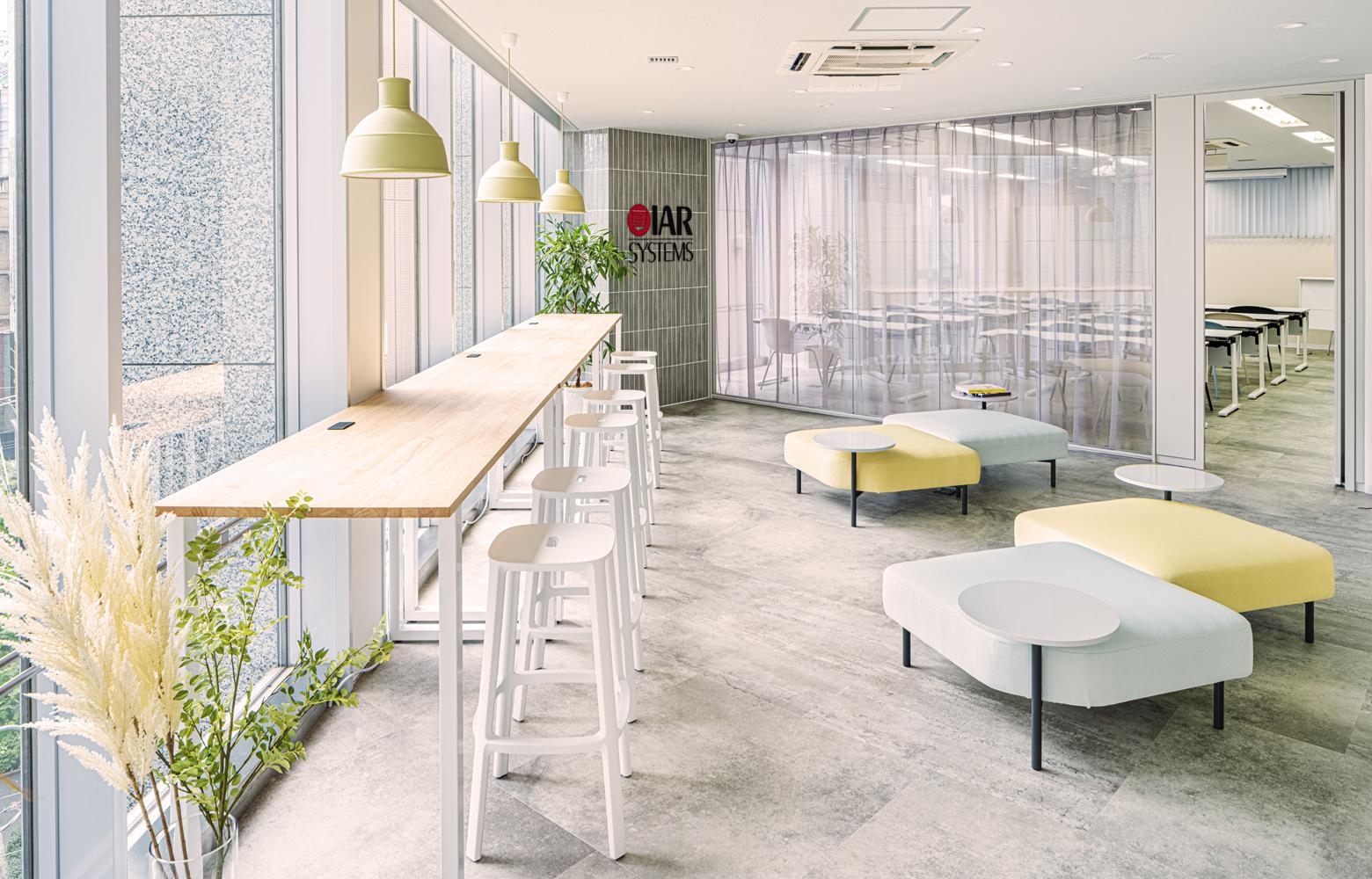 IARシステムズ株式会社 Entrance Lounge_3 デザイン・レイアウト事例
