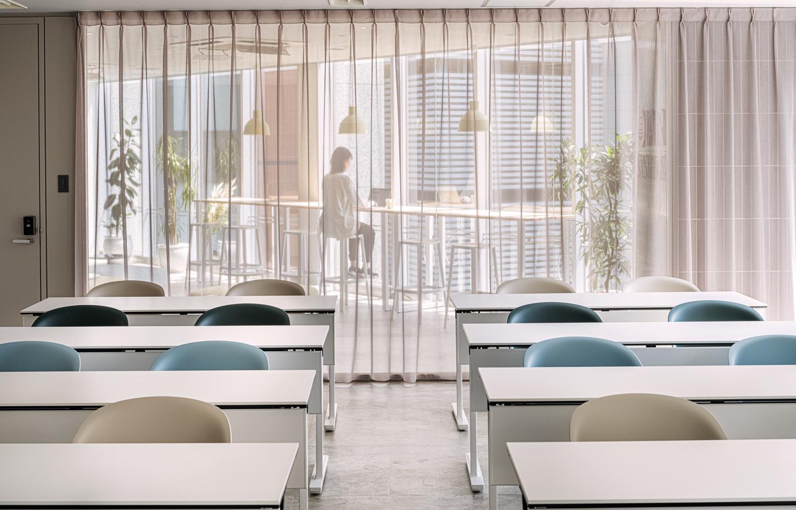 IARシステムズ株式会社 Seminar Room デザイン・レイアウト事例
